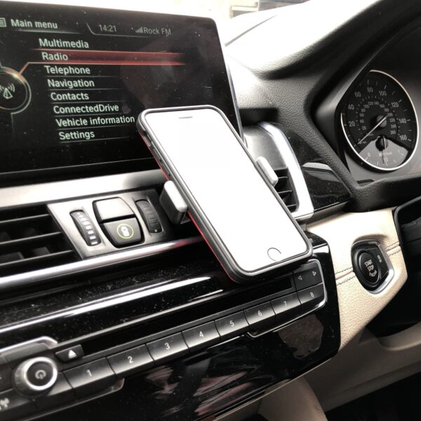 Car Vent Universal Phone Holder With Phone